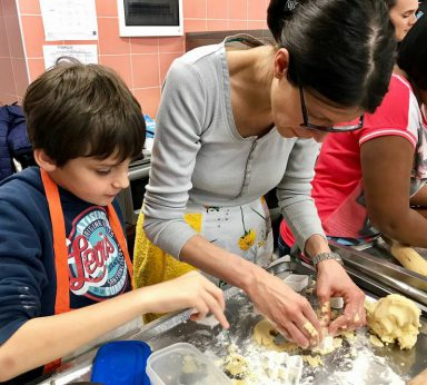 laboratorio di cucina per bambini della scuola primaria
